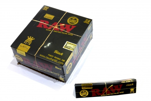 RAW Black Classic King Size Slim Rolling Papers